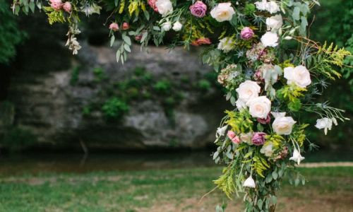 arco de flores boda vintage