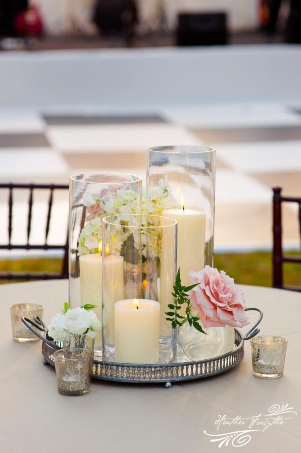centro floral con velas