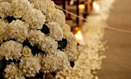 decoración floral con hortensias