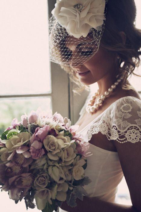 novia con camafeas