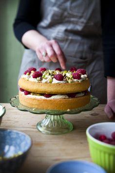 tarta con frutos rojos