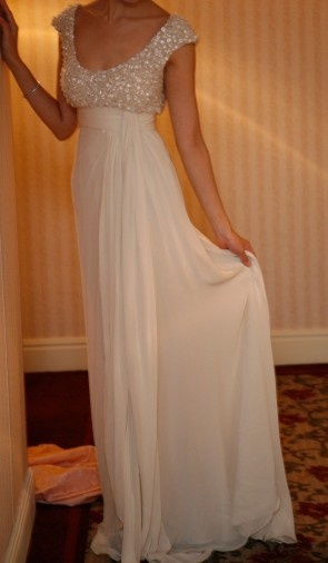 vestido de novia con pedreria