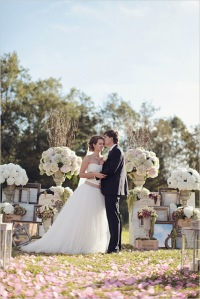 2.romantic_wedding_ceremony