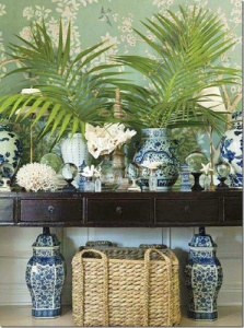 10.Mark+Sikes+House+Beautiful+Blue+White+Chinese+porcelain+ginger+jars+styling