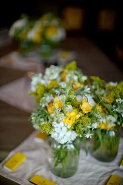 11.Los-colores-perfectos-para-decorar-una-boda-en-2015-Foto-Hillary-Maybery-Photography-600x900