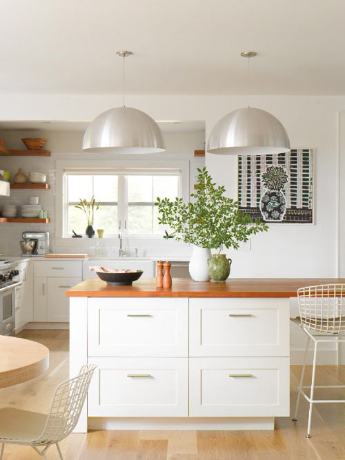 6.white+and+wooden+kitchen
